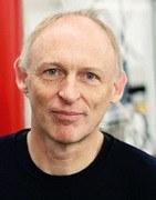 Prof. Frank Stienkemeier erhält ERC Advanced Grant
